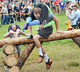 wife-carrying-x150